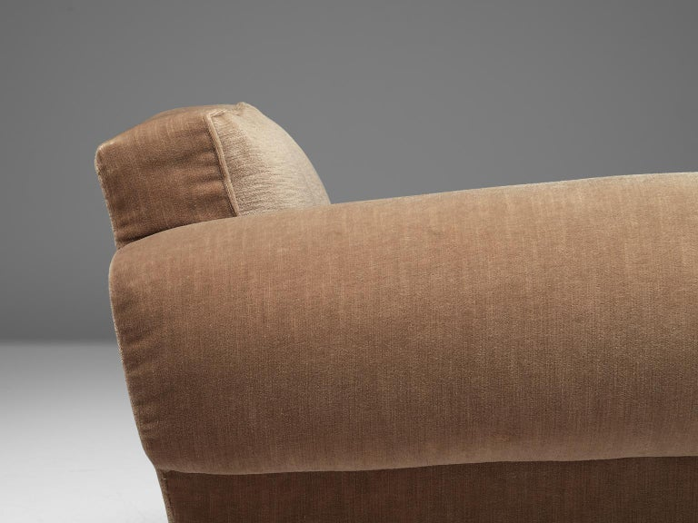 French Art Deco Lounge Set in Taupe Velvet For Sale 3
