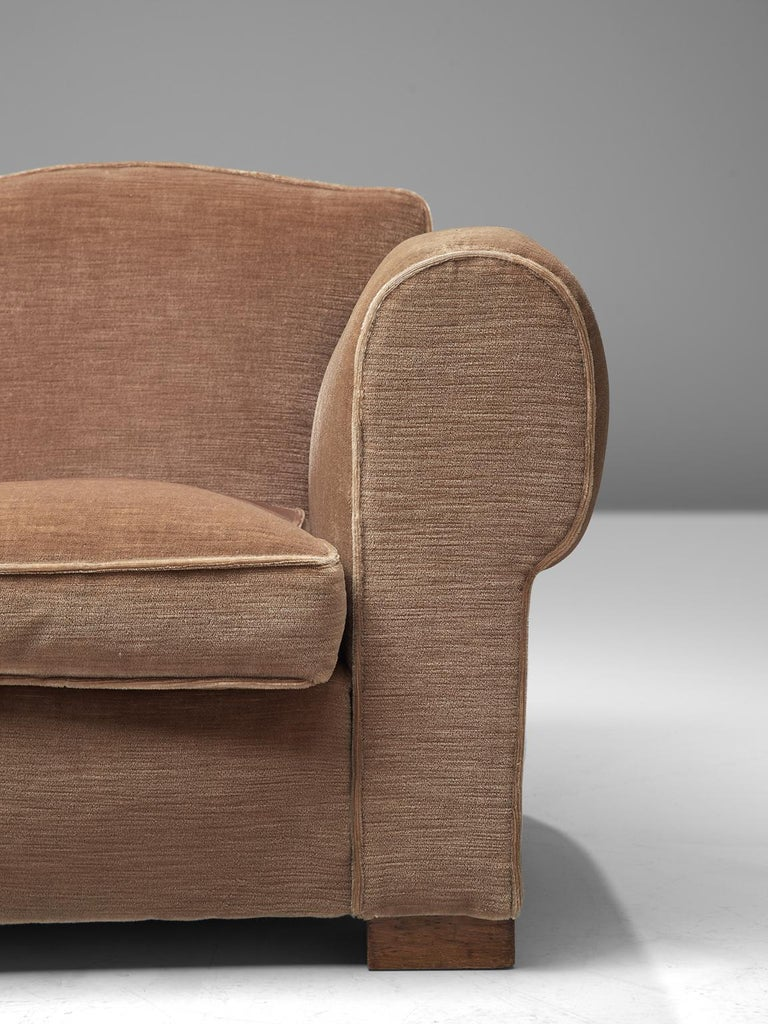 French Art Deco Lounge Set in Taupe Velvet For Sale 4