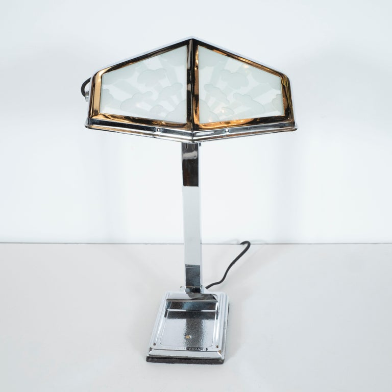 French Art Deco Machine Age Nickel and Frosted Glass Cloud Motif Table Lamp For Sale 7