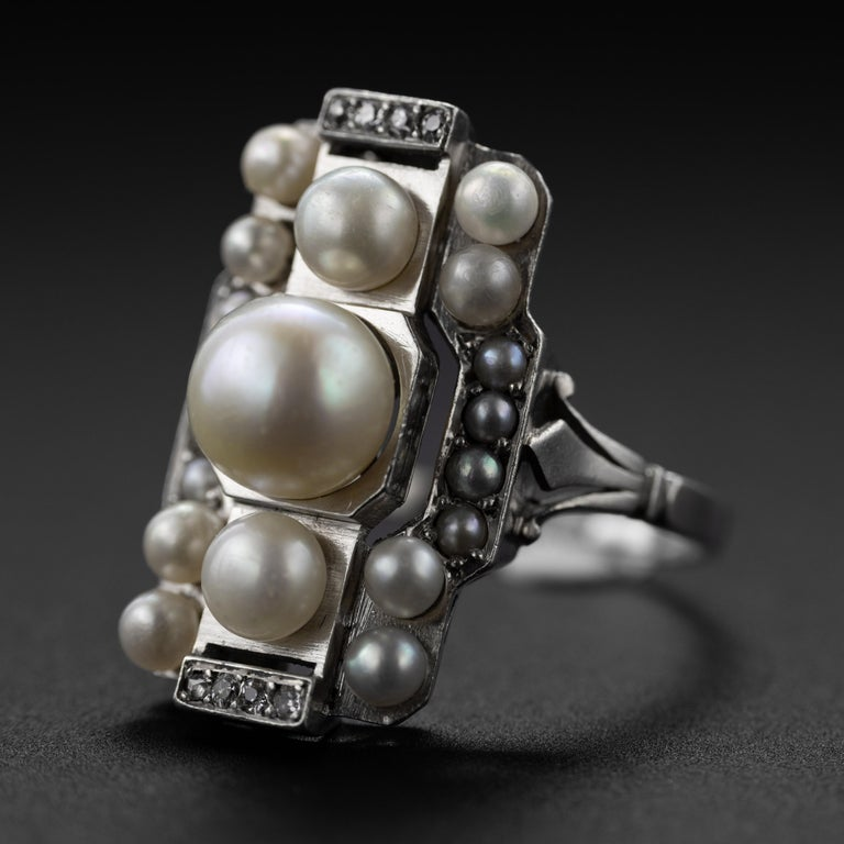 French Art Deco Natural Pearl & Diamond Ring In Excellent Condition For Sale In Southbury, CT