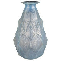 French Art Deco Opalescent Glass Vase with Raised Geometric Patterns by Sabino