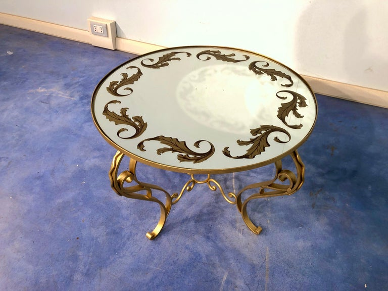 French Art Deco Round Coffee Table in Gilded Iron, 1950 For Sale 9