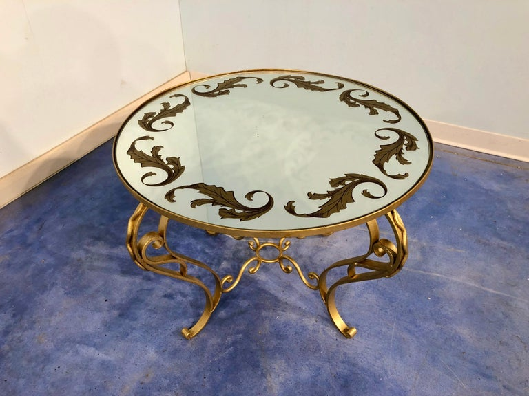 French Art Deco Round Coffee Table in Gilded Iron, 1950 For Sale 10