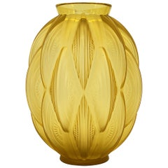 "French Art Deco Sabino ""24 Pirogues"" Vase, 1929"