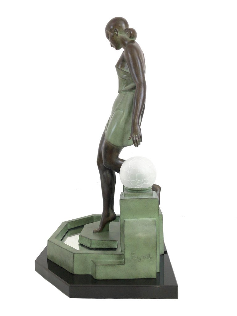 French Art Deco Sculpture, lighted, Nausicaa by Fayral, Original Max Le Verrier For Sale 3