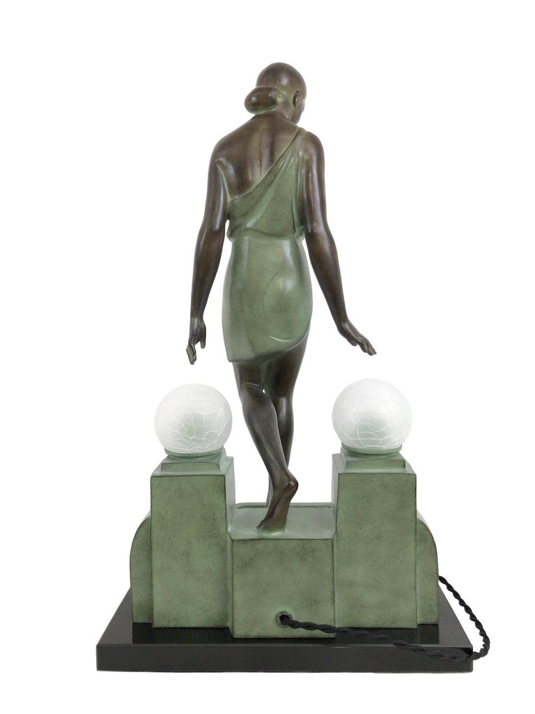 French Art Deco Sculpture, lighted, Nausicaa by Fayral, Original Max Le Verrier For Sale 4