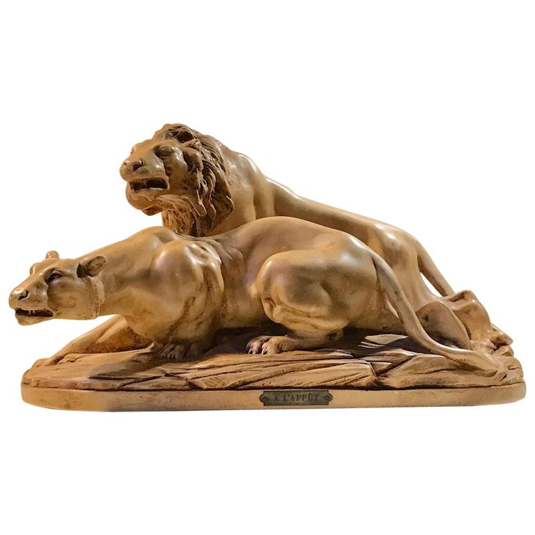 French Art Deco Sculpture of Lions A L'affut by A. Martinez, Paris, 1924 For Sale