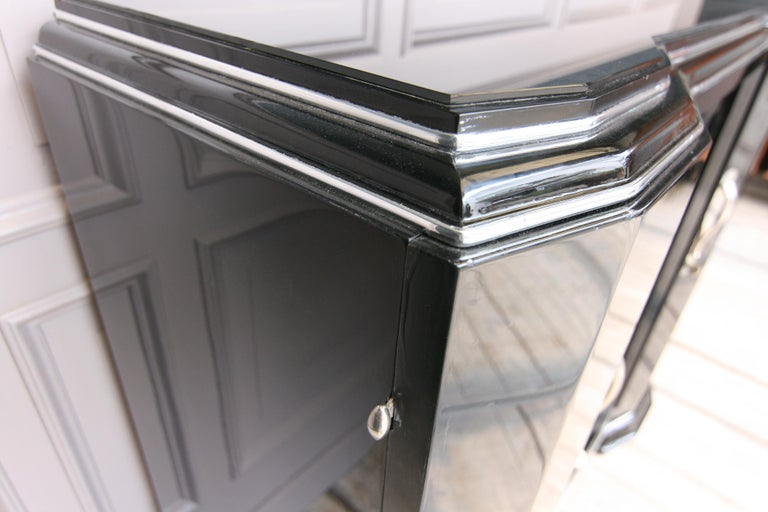 French Art Deco Sideboard in Black, 1920s For Sale 5