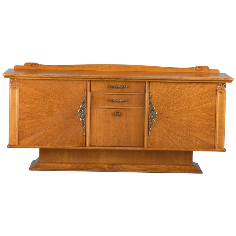 French Art Deco Sideboard with French Art Veneer, 1940s For Sale 7
