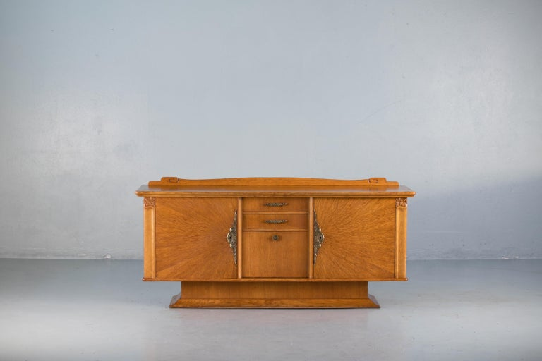 French Art Deco Sideboard with French Art Veneer, 1940s For Sale 11