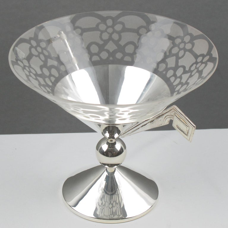 French Art Deco Silver Plate and Etched Glass Centerpiece Bowl For Sale 1