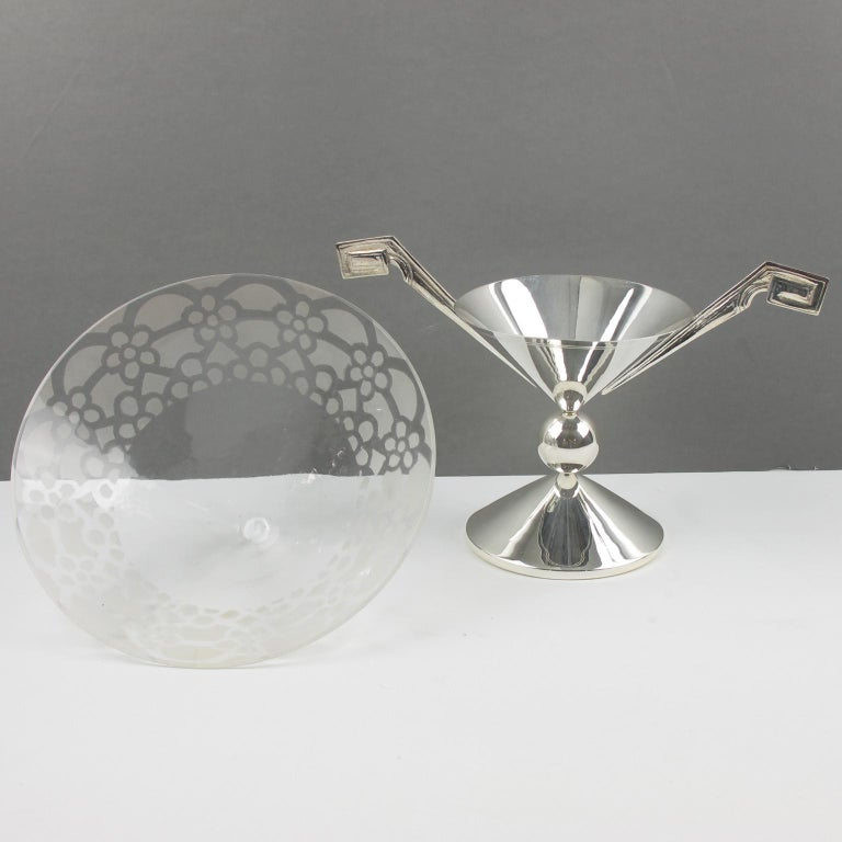 French Art Deco Silver Plate and Etched Glass Centerpiece Bowl For Sale 2