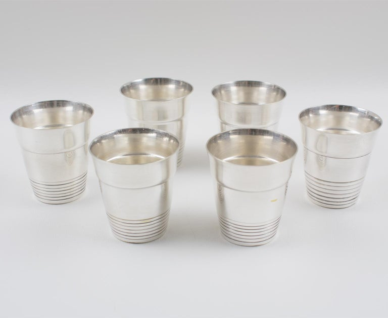 French Art Deco Silver Plate Martini Shaker and 6 Cocktail Cups For Sale 6