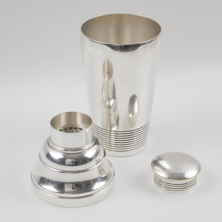 French Art Deco Silver Plate Martini Shaker and 6 Cocktail Cups For Sale 3