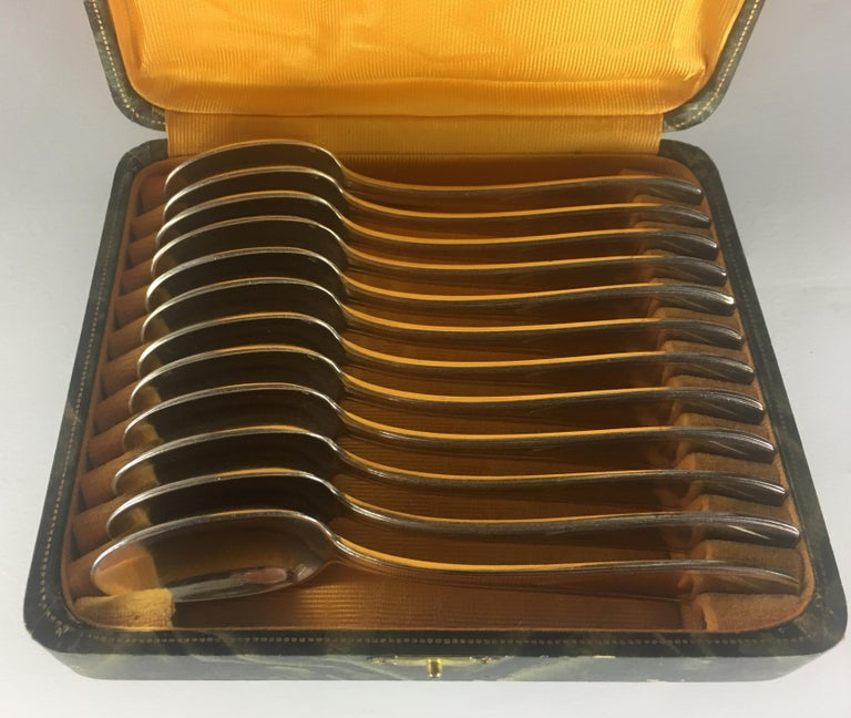 French Art Deco Silver Plated Tea Spoon Set of 12 with Original Box For Sale 3