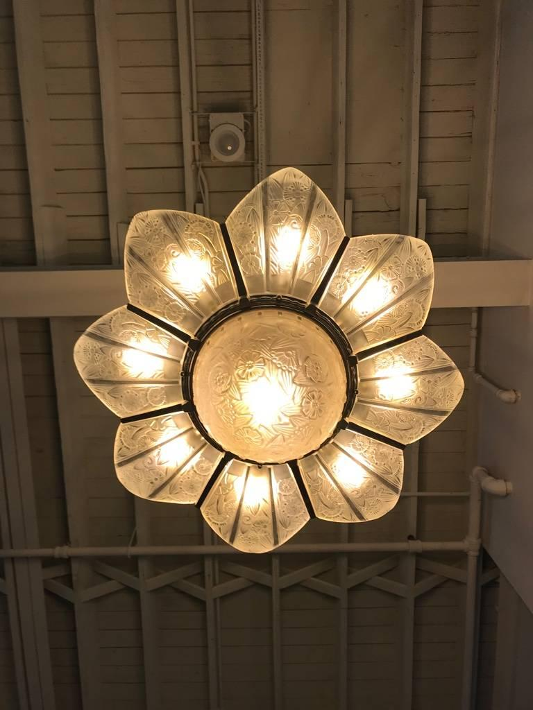 French Art Deco Starburst Chandelier Signed by Hettier Vincent For Sale 9