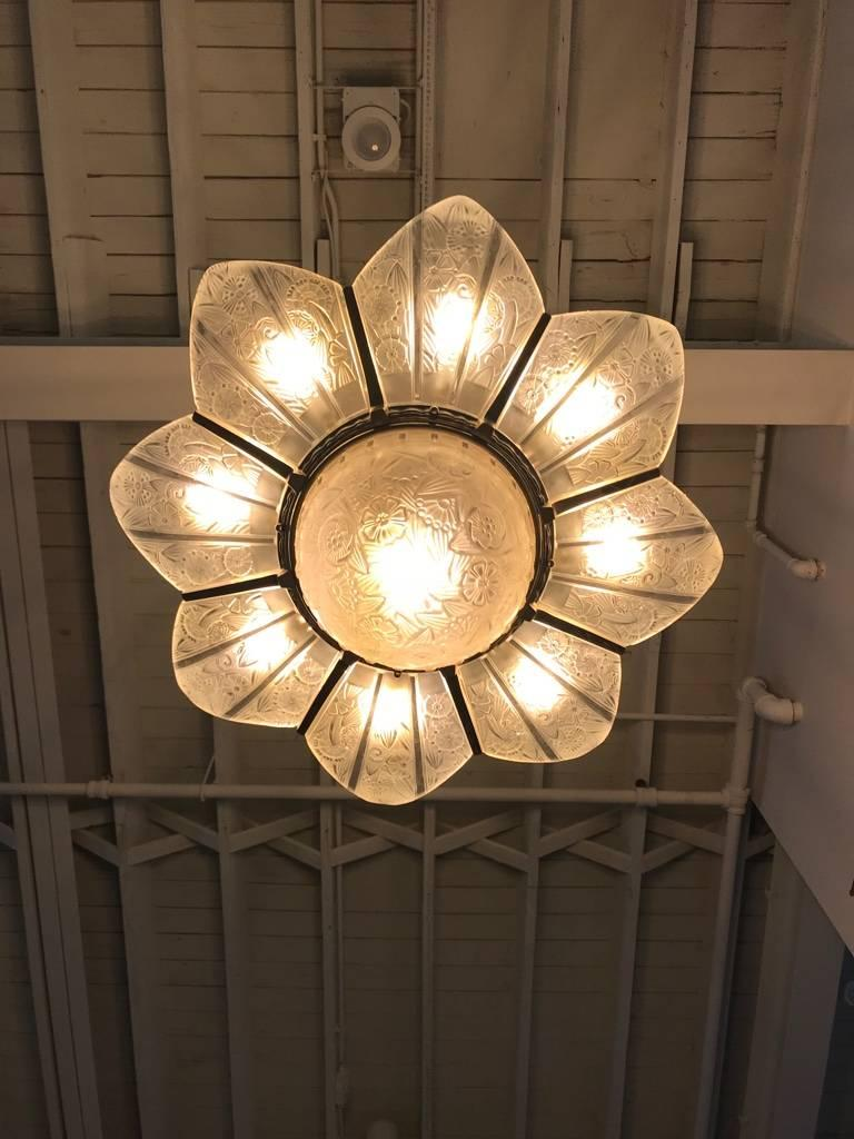 French Art Deco Starburst Chandelier Signed by Hettier Vincent For Sale 14