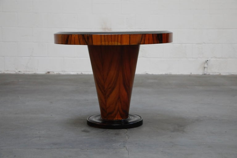 French Art Deco Table in Macassar and Ebony, circa 1930s In Good Condition For Sale In Los Angeles, CA