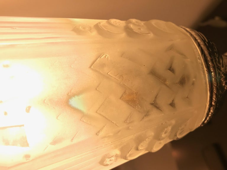 French Art Deco Table Lamp by Muller Frères Luneville For Sale 11