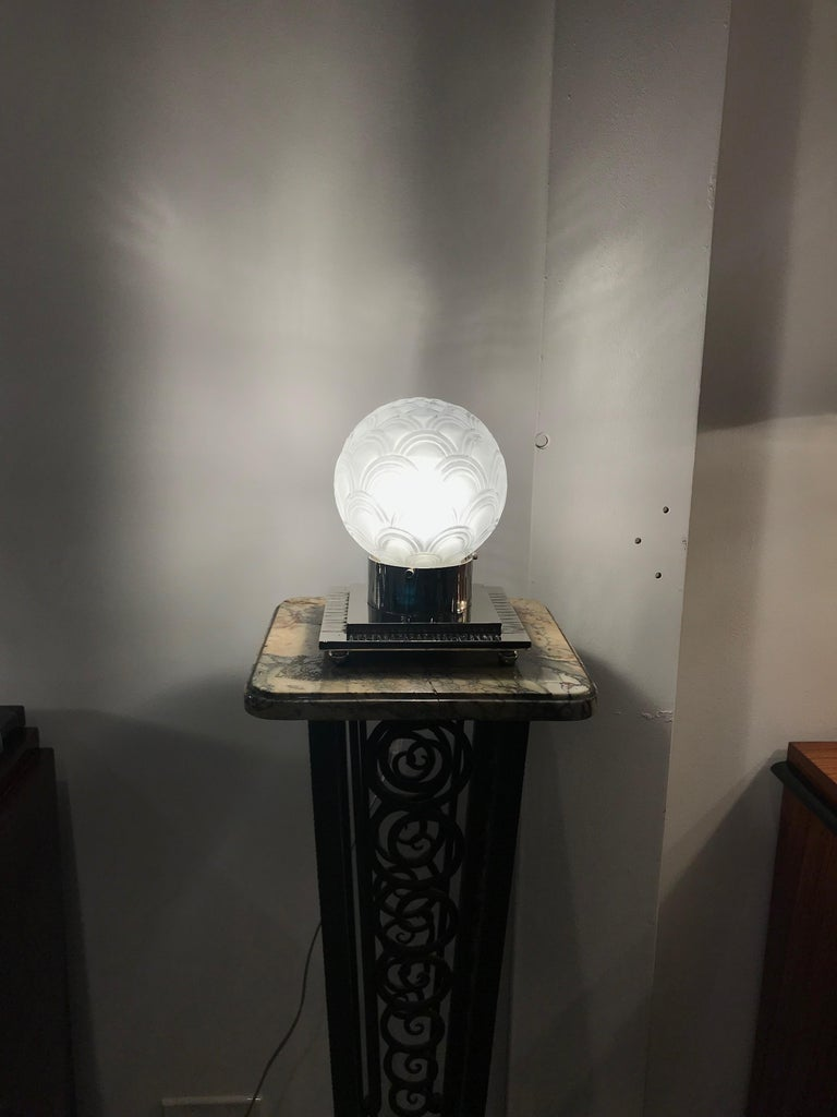 French Art Deco Table Lamp by Pierre D'avesn For Sale 7