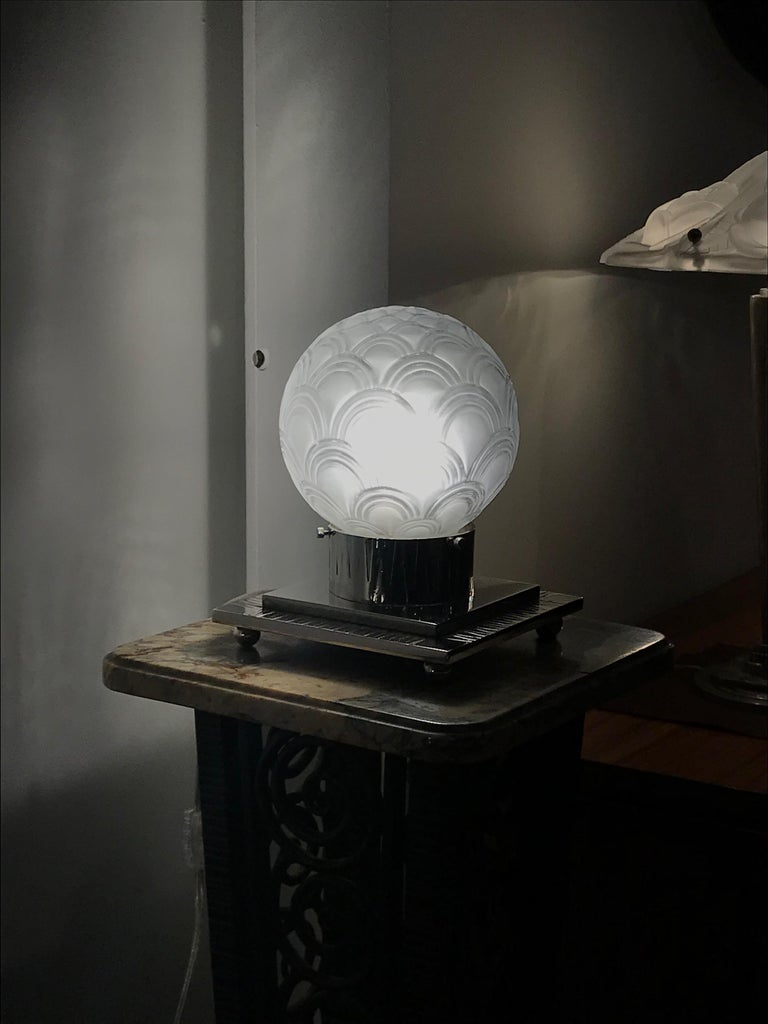 French Art Deco Table Lamp by Pierre D'avesn For Sale 8