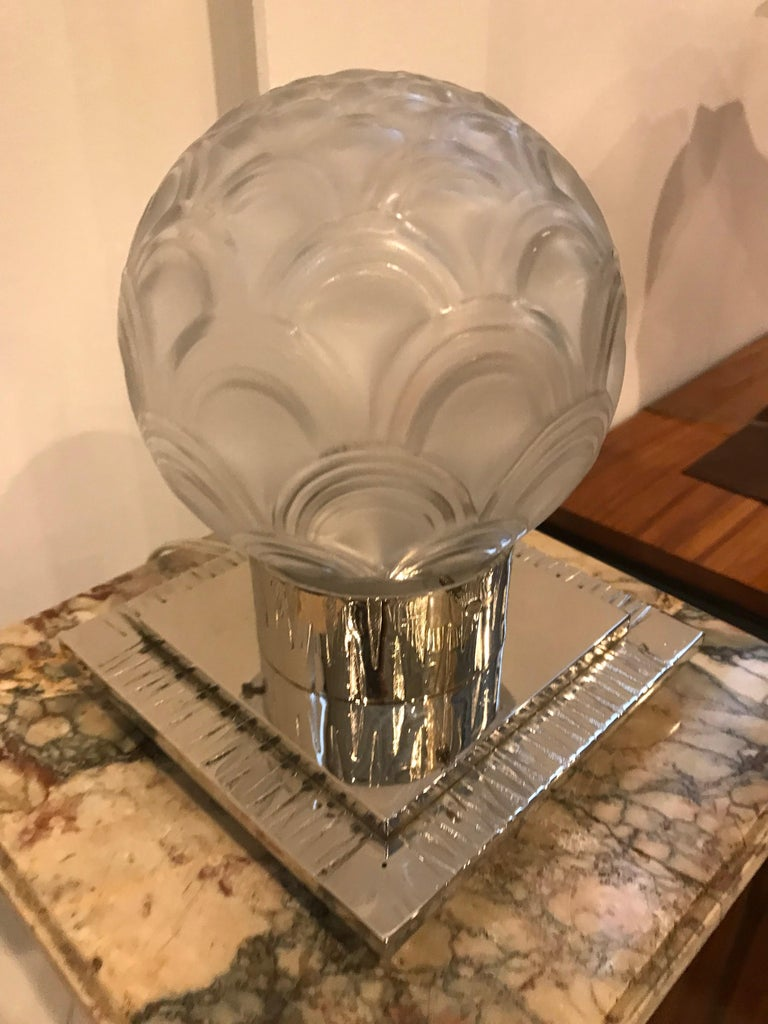 French Art Deco Table Lamp by Pierre D'avesn For Sale 2
