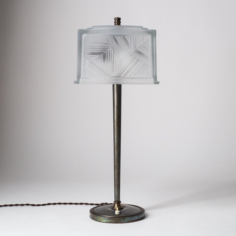 French Art Deco Table Lamp by Sabino, circa 1930 For Sale 7