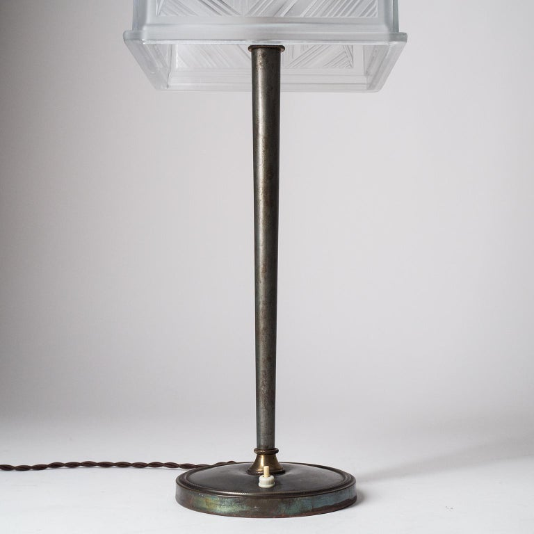 French Art Deco Table Lamp by Sabino, circa 1930 For Sale 8