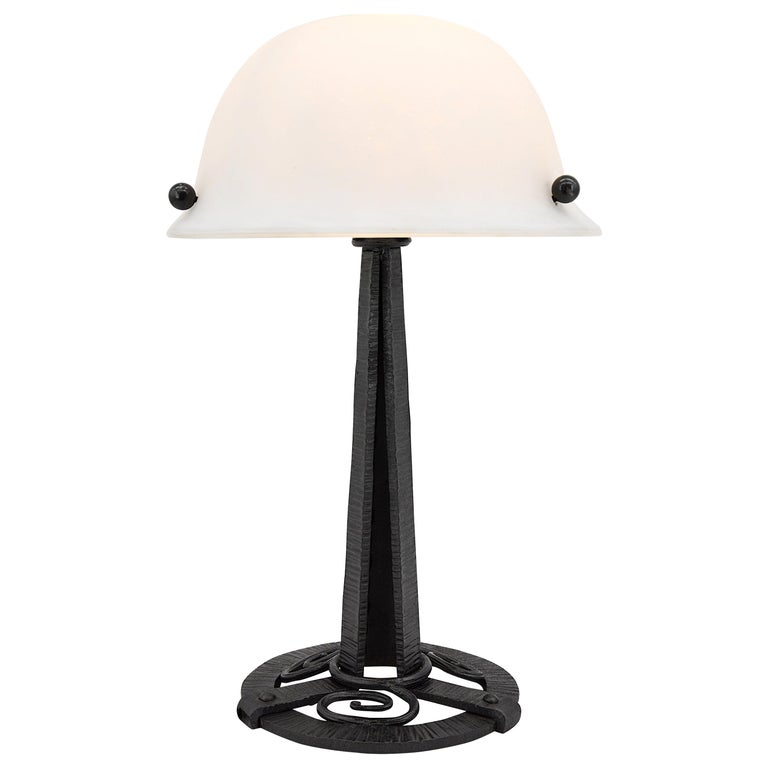 French Art Deco Table Lamp, circa 1925 For Sale