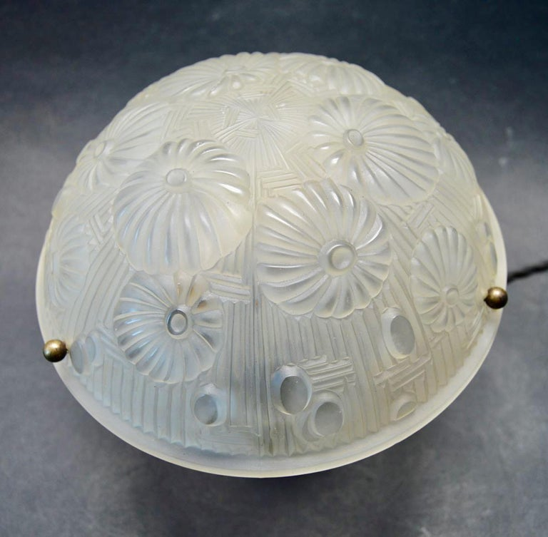 Early 20th Century French Art Deco Table Lamp Moulded Glass Mushroom Shape