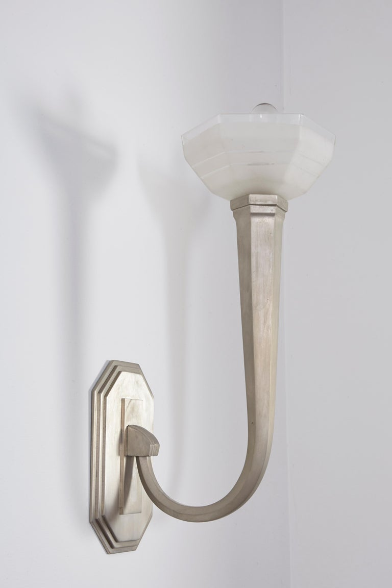 Mid-20th Century French Art Deco Wall Sconces For Sale