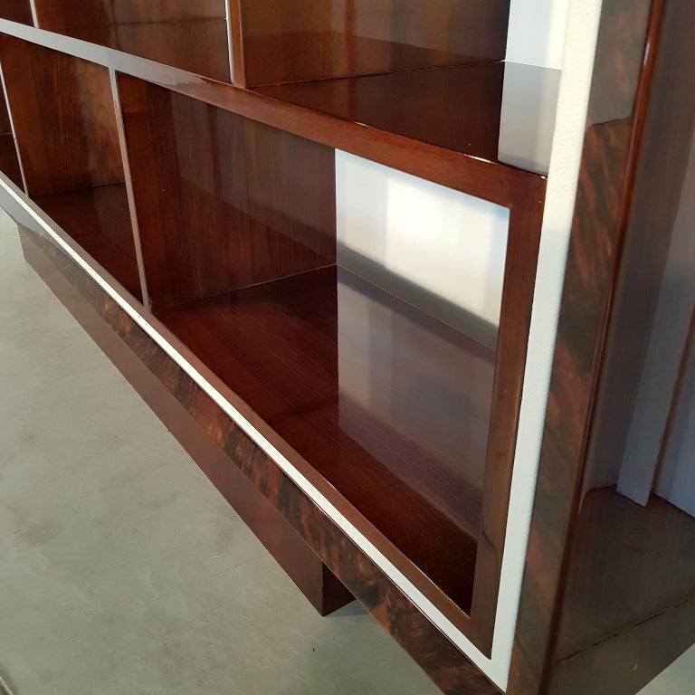 French Art Deco Walnut Bookcase, 1940s In Good Condition For Sale In Budapest, Budapest