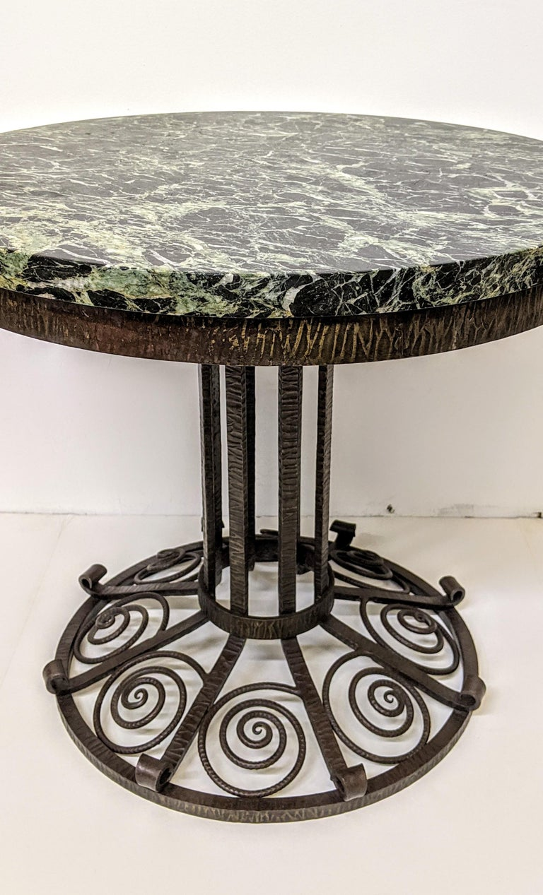 French Art Deco Wrought Iron Coffee or Side Table In Good Condition For Sale In Bronx, NY