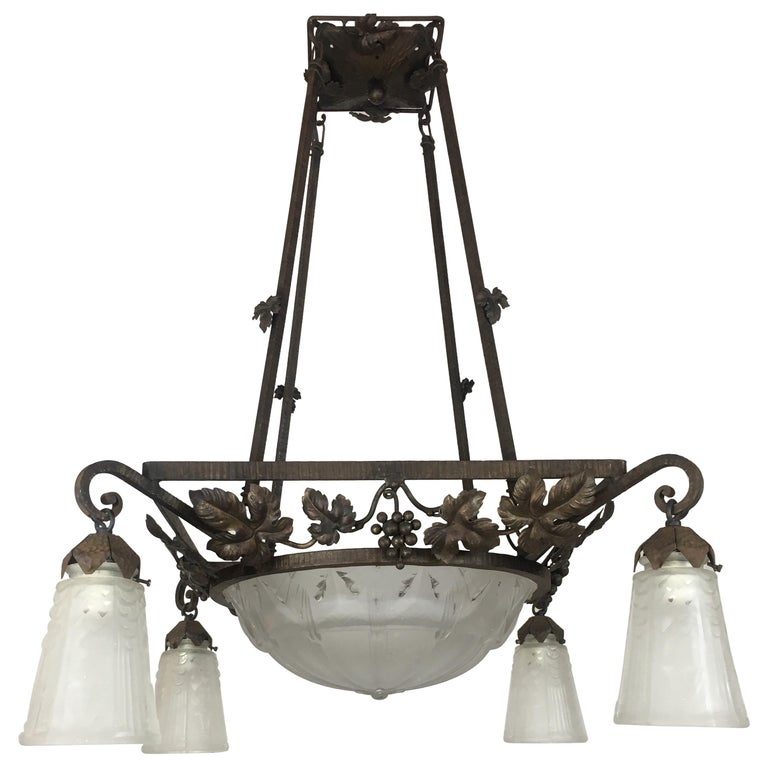 Muller Freres French Art Deco Wrought Iron Etched Glass Chandelier, Signed  For Sale