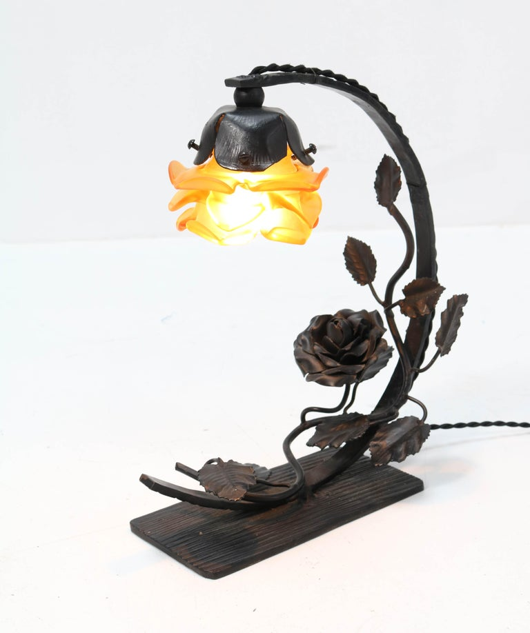 French Art Deco Wrought Iron Table Lamp, 1930s For Sale 5
