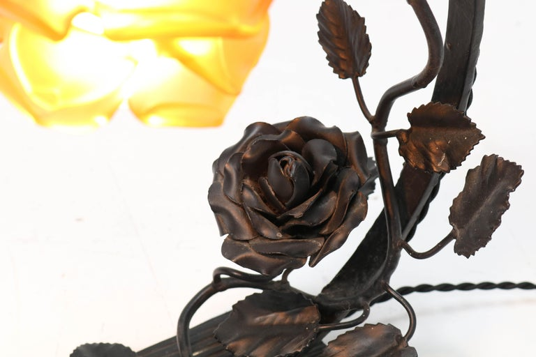 French Art Deco Wrought Iron Table Lamp, 1930s For Sale 6