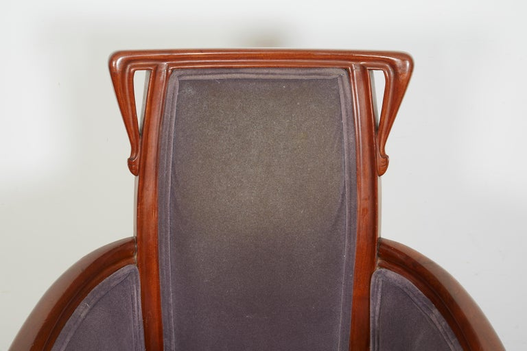 French Art Nouveau Armchair by Louis Majorelle In Good Condition For Sale In Bridgewater, CT