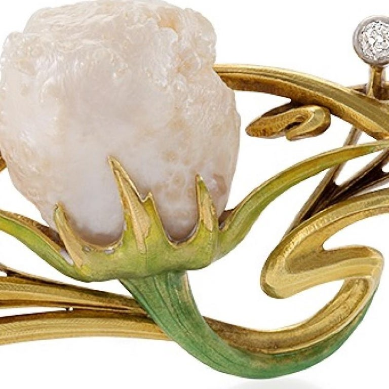 Women's French Art Nouveau Baroque Pearl Diamond Enamel and Gold Whiplash Brooch For Sale