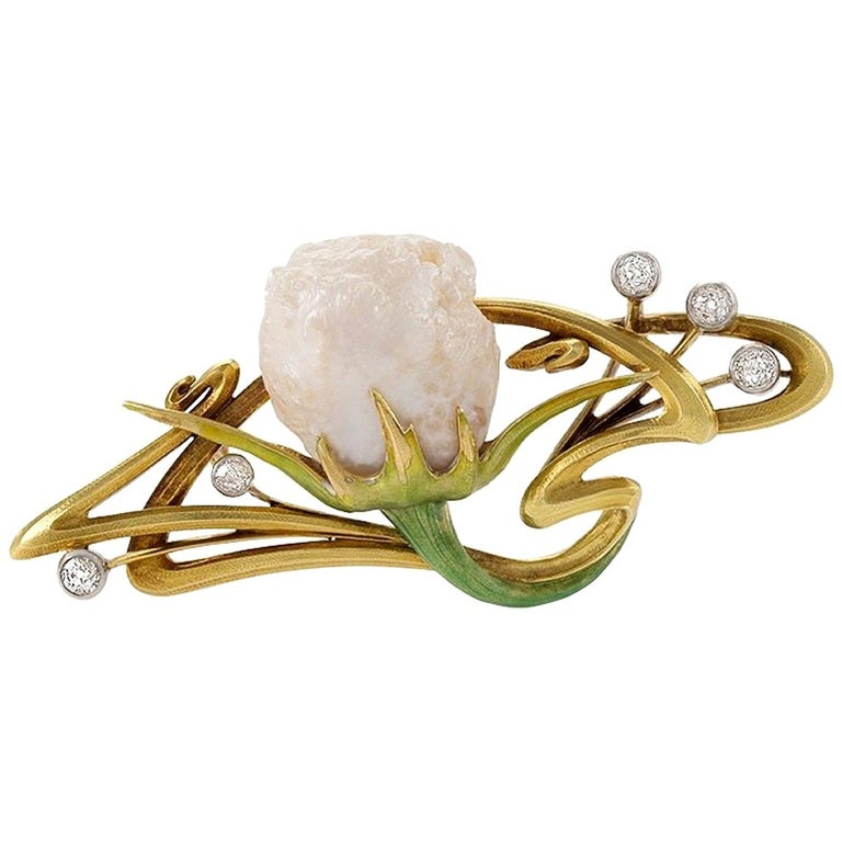 French Art Nouveau Baroque Pearl Diamond Enamel and Gold Whiplash Brooch For Sale