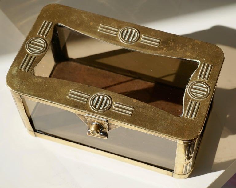 French Art Nouveau Brass and Glass Jewelry Box, circa 1900 For Sale 2