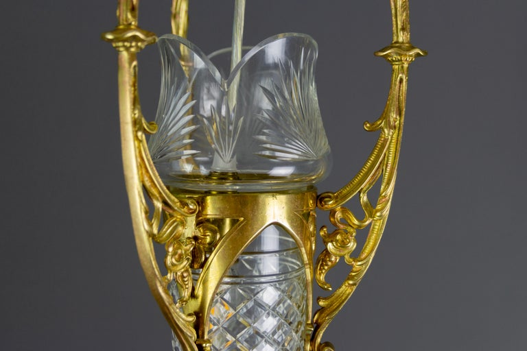 French Art Nouveau Cut Crystal Glass and Brass Pendant Light, Early 20th Century For Sale 7
