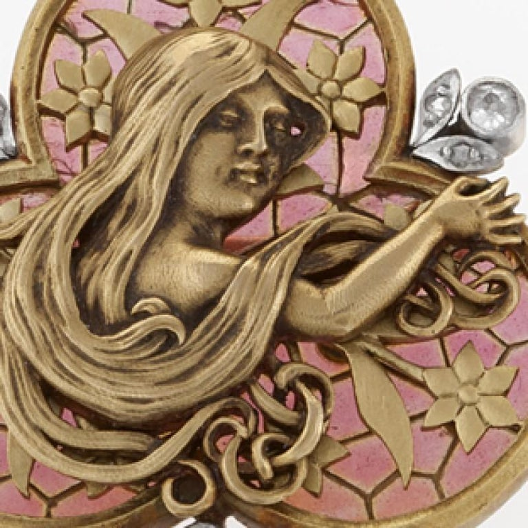 French Art Nouveau Diamond Plique-à-Jour Enamel Pearl and Gold 'Maiden' Brooch In Excellent Condition For Sale In New York, NY