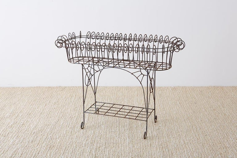French Art Nouveau Faux-Rope Wire Plant Stand In Good Condition For Sale In Oakland, CA