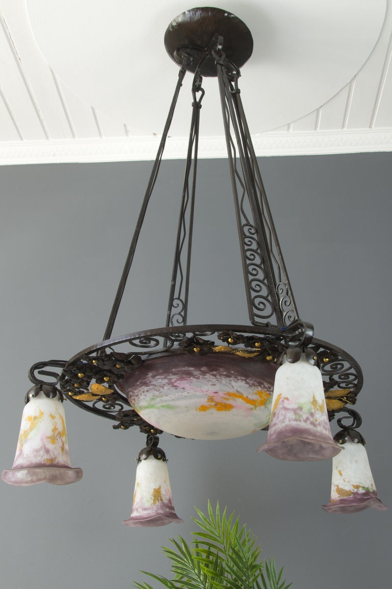 Early 20th Century French Art Nouveau Five-Light Wrought Iron and Glass Chandelier Signed Lorrain For Sale