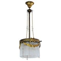 Französischer Kronleuchter im Jugendstil aus Vergoldeter Bronze und Messing mit Glasstangen und Kristallperlen
