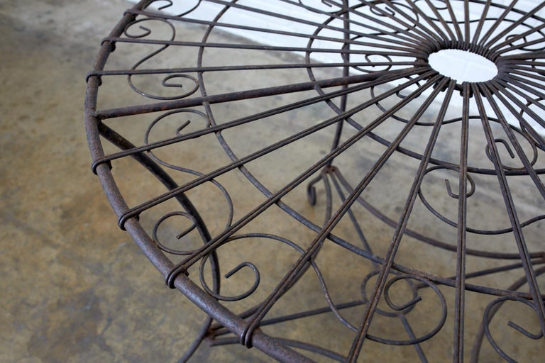 20th Century French Art Nouveau Iron and Wire Garden Table For Sale