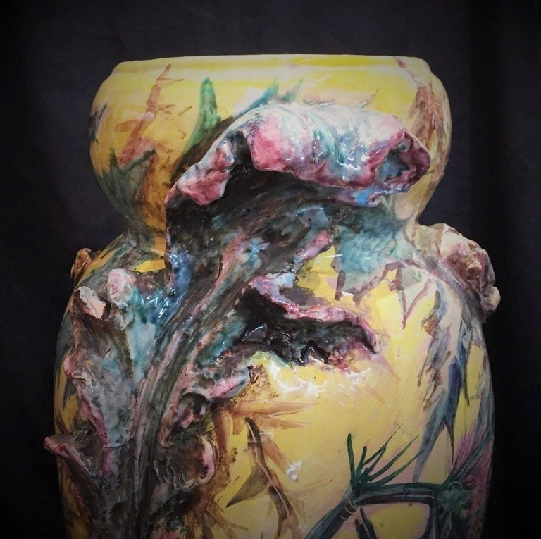 Early 20th Century French Art Nouveau Majolica Vase with Thistles and Lizards, circa 1900 For Sale