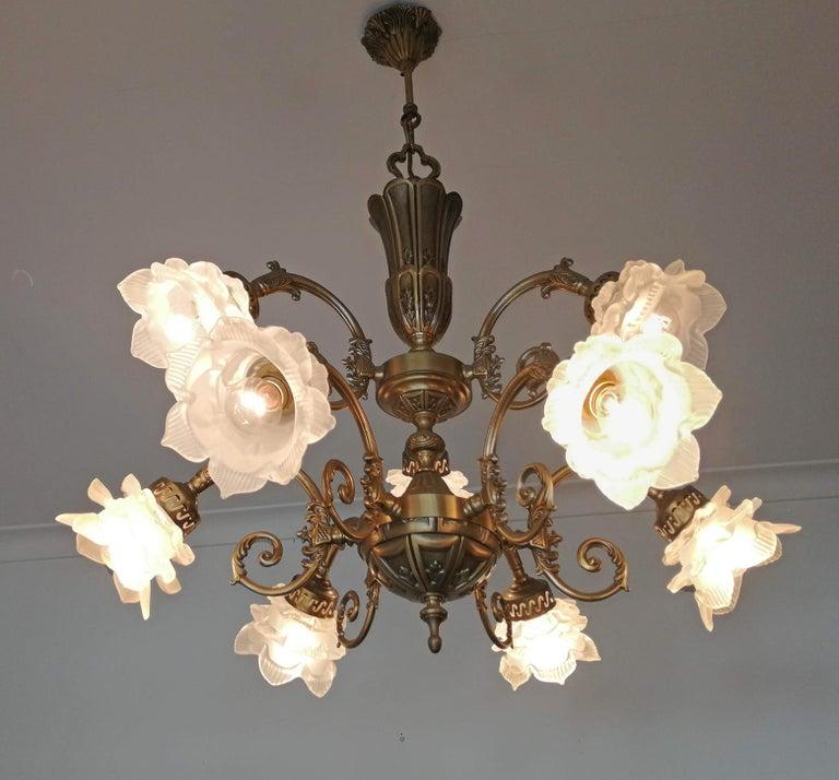 20th Century French Art Nouveau or Art Deco Art Glass Flower & Gilt Brass 9-Light Chandelier For Sale