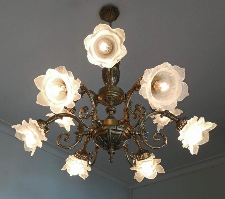 French Art Nouveau or Art Deco Art Glass Flower & Gilt Brass 9-Light Chandelier For Sale 1