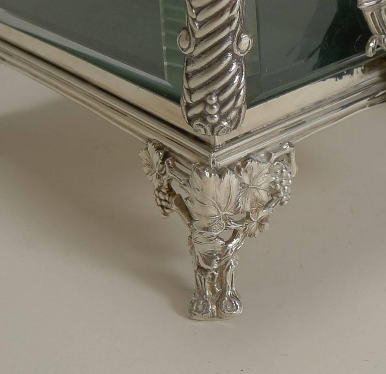 French Art Nouveau Silver Plate and Enamel Jewelry Box, circa 1900 In Excellent Condition For Sale In London, GB